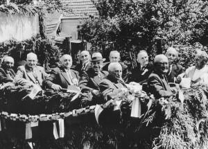 Der Verein ehrt seine Gründer. 50-jähriges Jubiläumsfest 1958.